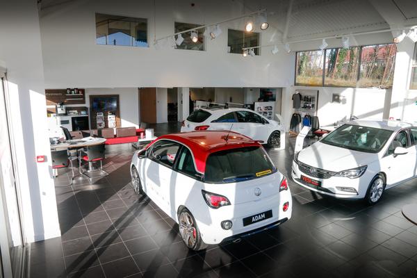 Dealer Details for Lenzie Vauxhall